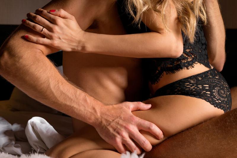 Овозможете и на вашата партнерка вртоглави оргазми со оваа секс поза