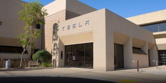 Елон Маск вети комплетно автономно возило до крајот на 2020 година